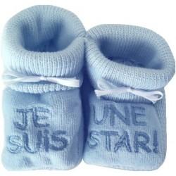 Chaussons tricot brodés bleu : JE SUIS UNE STAR